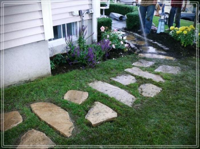 como hacer un camino de piedras para jardín