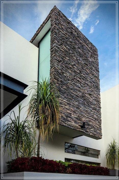 Revestimientos en piedra exterior