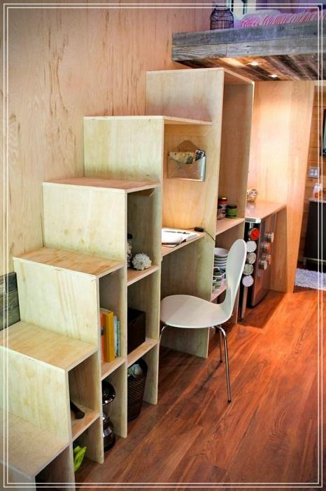 estudiante construye casa de 14m2